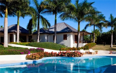 5 Bedroom Holiday Villa to Rent in Antigua, Caribbean